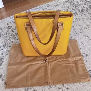 Louis vuitton vernis houston tote yellow
